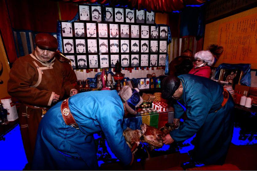 郭尔罗斯蒙古人的新年第一天 第8张 郭尔罗斯蒙古人的新年第一天 蒙古文化