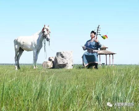 【TTCY 星推荐】郭尔罗斯蒙古艺术家——包嘎日迪 第1张 【TTCY 星推荐】郭尔罗斯蒙古艺术家——包嘎日迪 蒙古音乐