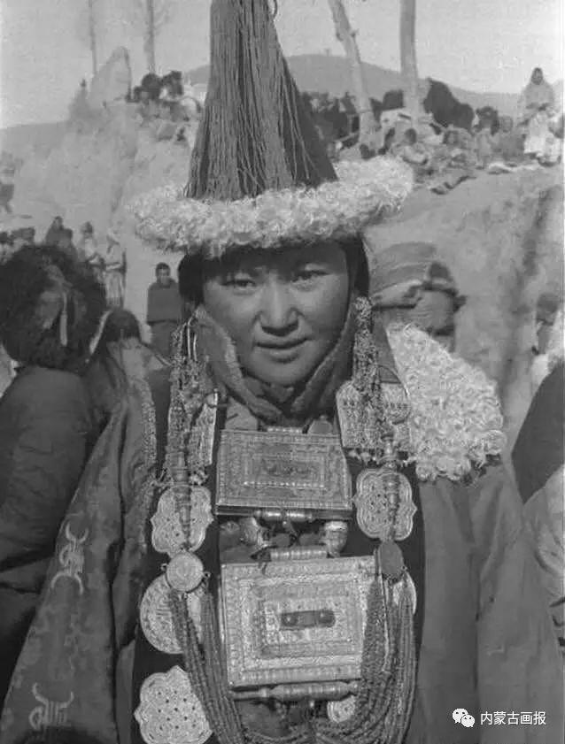 服饰之首——蒙古族冠帽 第22张