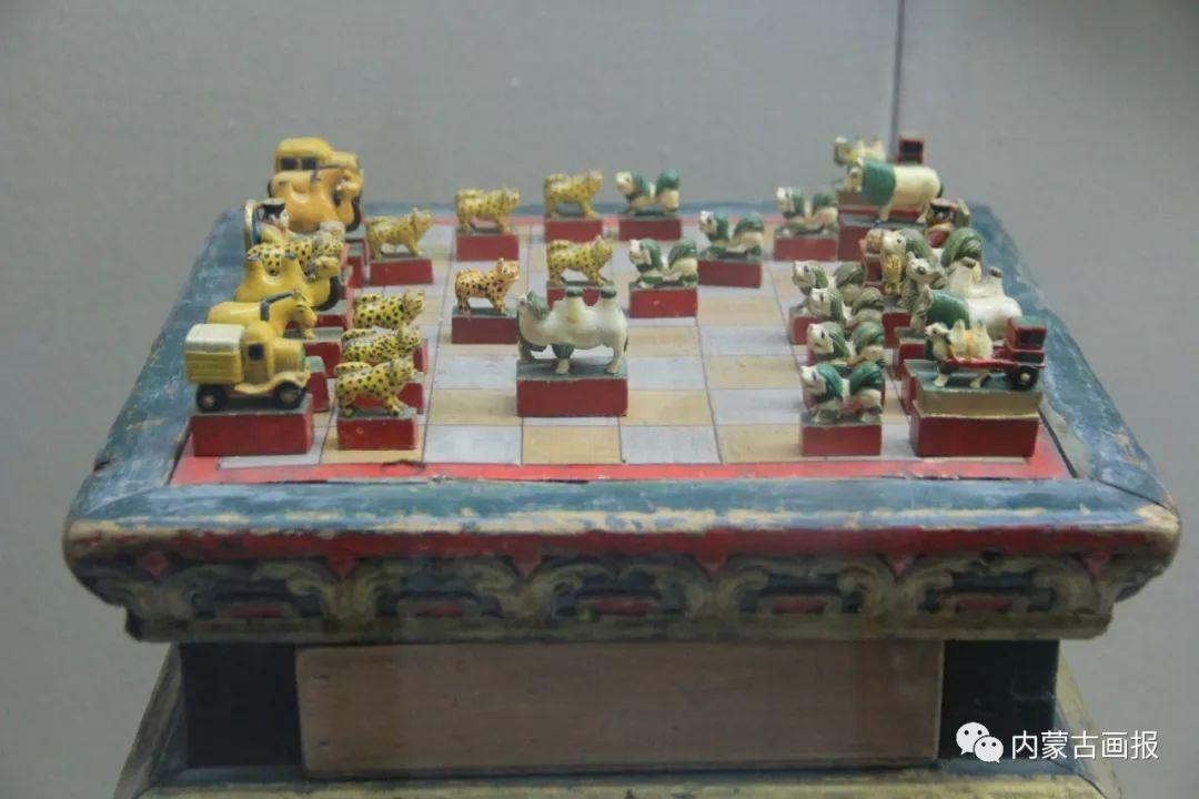 游牧生活中的智慧较量——蒙古族传统象棋和鹿棋子 第5张