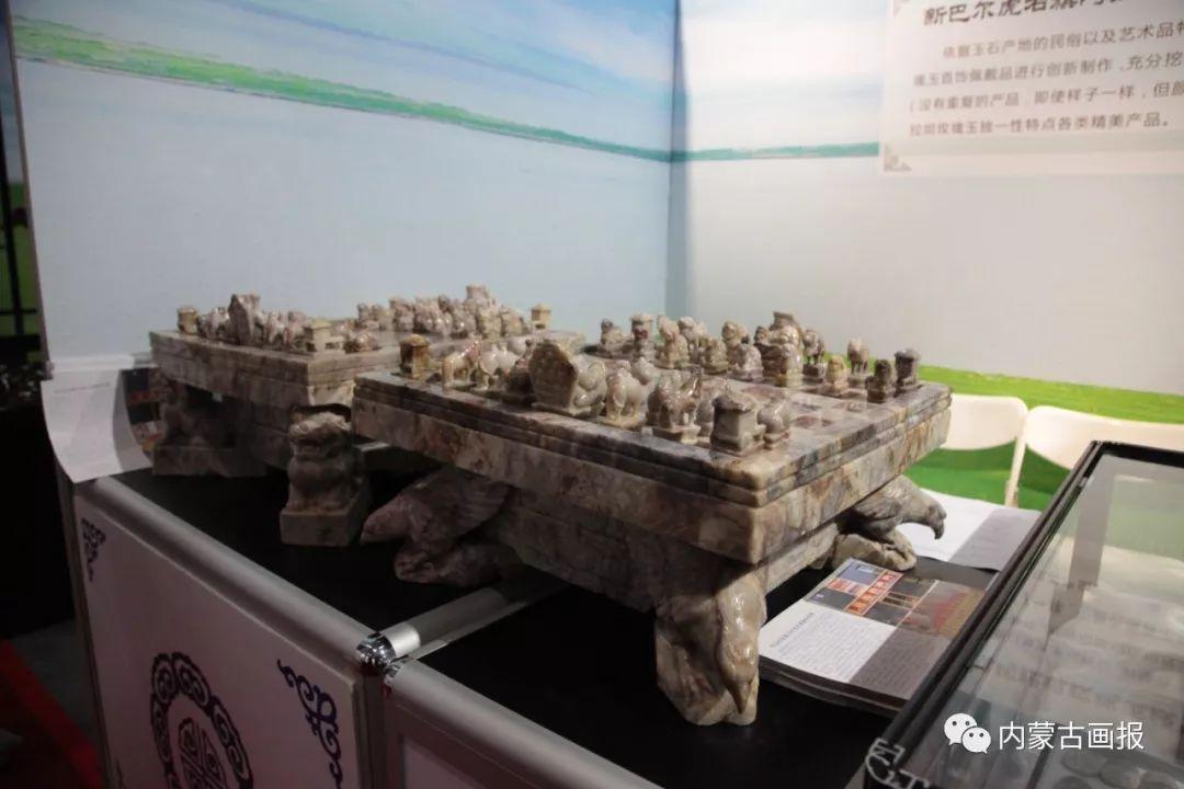 游牧生活中的智慧较量——蒙古族传统象棋和鹿棋子 第14张
