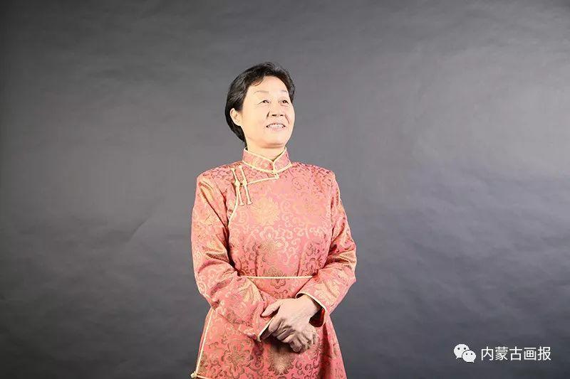 内蒙古出版界第一位蒙古族女社长—莫德格 第7张 内蒙古出版界第一位蒙古族女社长—莫德格 蒙古文化