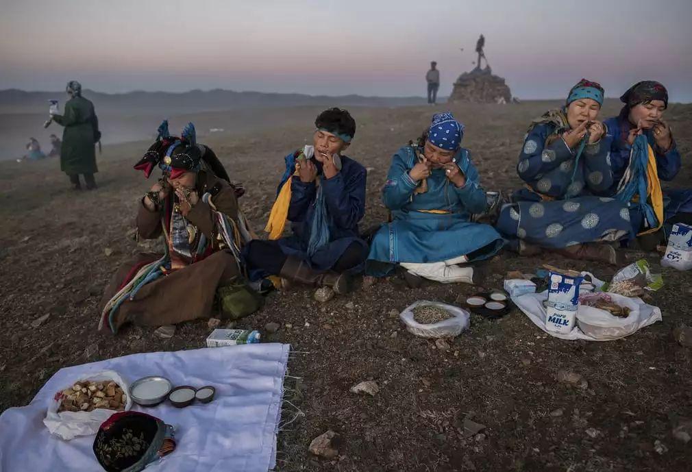 英国《卫报》(The Guardian):蒙古的萨满祭祀仪式(高清组图) 第3张 英国《卫报》(The Guardian):蒙古的萨满祭祀仪式(高清组图) 蒙古文化