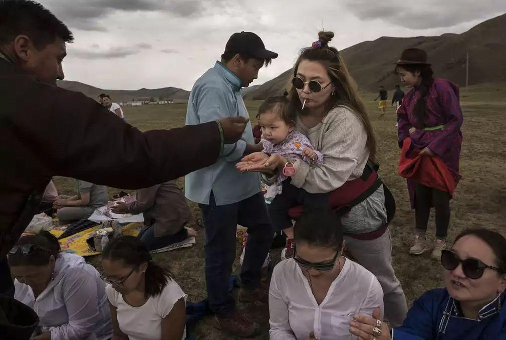英国《卫报》(The Guardian):蒙古的萨满祭祀仪式(高清组图) 第9张 英国《卫报》(The Guardian):蒙古的萨满祭祀仪式(高清组图) 蒙古文化