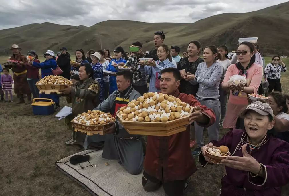 英国《卫报》(The Guardian):蒙古的萨满祭祀仪式(高清组图) 第10张 英国《卫报》(The Guardian):蒙古的萨满祭祀仪式(高清组图) 蒙古文化