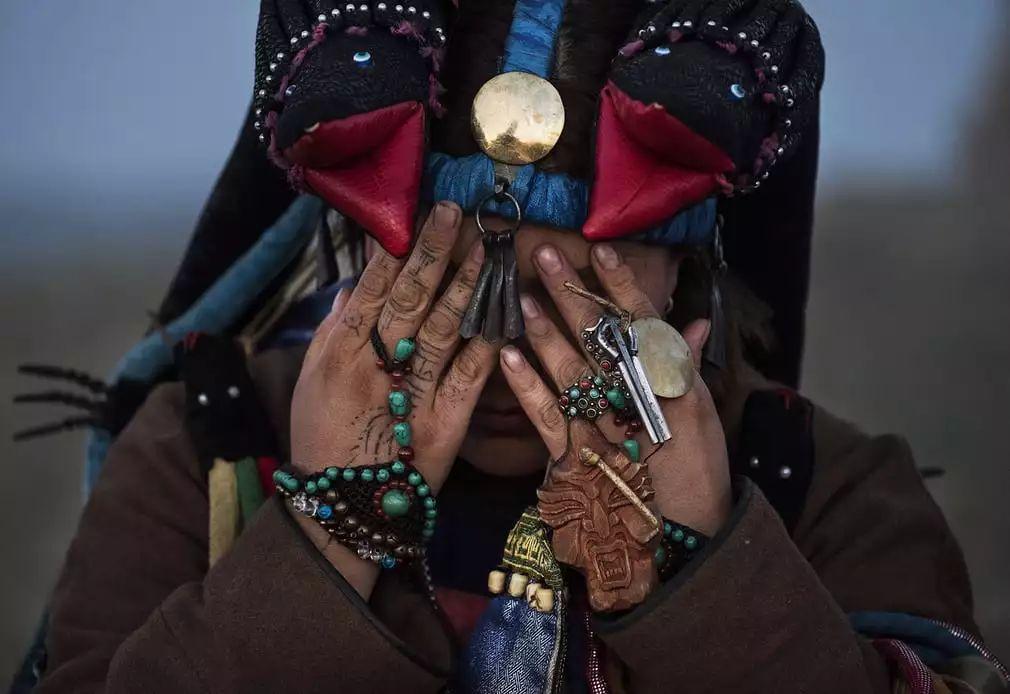 英国《卫报》(The Guardian):蒙古的萨满祭祀仪式(高清组图) 第12张 英国《卫报》(The Guardian):蒙古的萨满祭祀仪式(高清组图) 蒙古文化