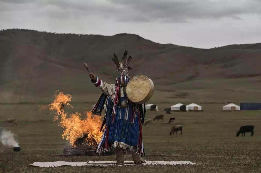 英国《卫报》(The Guardian):蒙古的萨满祭祀仪式(高清组图) 第13张 英国《卫报》(The Guardian):蒙古的萨满祭祀仪式(高清组图) 蒙古文化