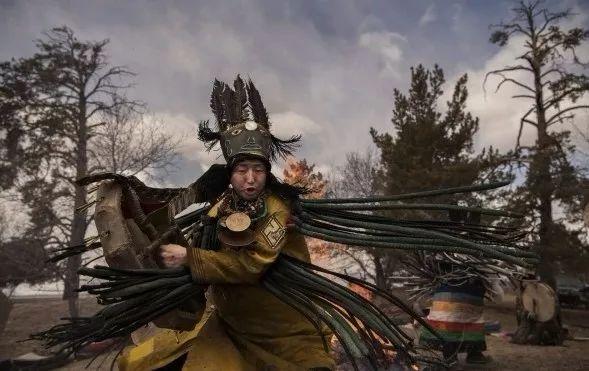 英国《卫报》(The Guardian):蒙古的萨满祭祀仪式(高清组图) 第14张 英国《卫报》(The Guardian):蒙古的萨满祭祀仪式(高清组图) 蒙古文化