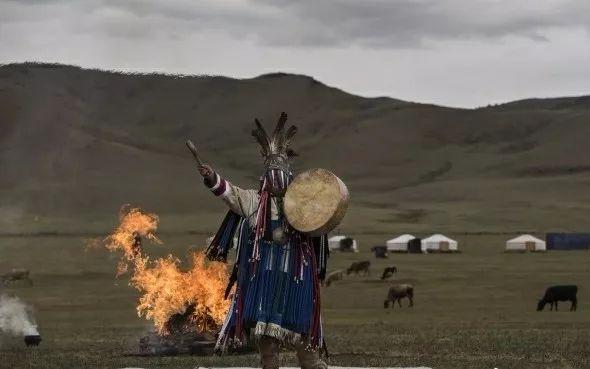 英国《卫报》(The Guardian):蒙古的萨满祭祀仪式(高清组图) 第15张 英国《卫报》(The Guardian):蒙古的萨满祭祀仪式(高清组图) 蒙古文化