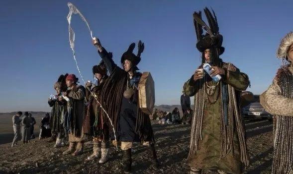 英国《卫报》(The Guardian):蒙古的萨满祭祀仪式(高清组图) 第18张 英国《卫报》(The Guardian):蒙古的萨满祭祀仪式(高清组图) 蒙古文化