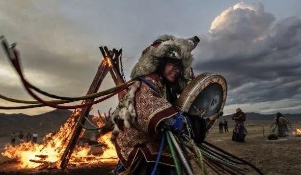 英国《卫报》(The Guardian):蒙古的萨满祭祀仪式(高清组图) 第16张 英国《卫报》(The Guardian):蒙古的萨满祭祀仪式(高清组图) 蒙古文化