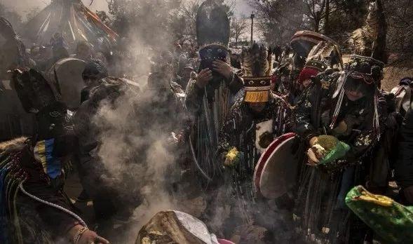 英国《卫报》(The Guardian):蒙古的萨满祭祀仪式(高清组图) 第19张 英国《卫报》(The Guardian):蒙古的萨满祭祀仪式(高清组图) 蒙古文化