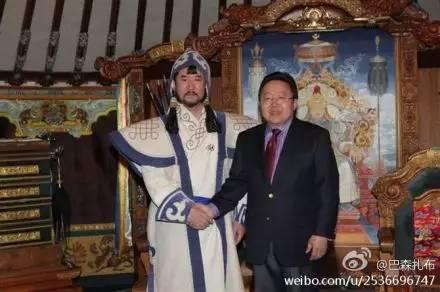 """蒙古国总统通过驻华大使丹巴·冈呼雅格为腾格尔颁发了 """"北极星勋章"""" 第13张 蒙古国总统通过驻华大使丹巴·冈呼雅格为腾格尔颁发了 """"北极星勋章"""" 蒙古音乐"""