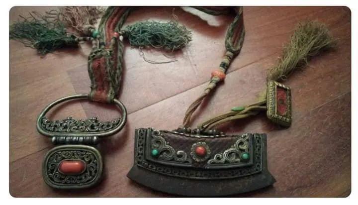蒙古族佩刀装饰艺术 第1张