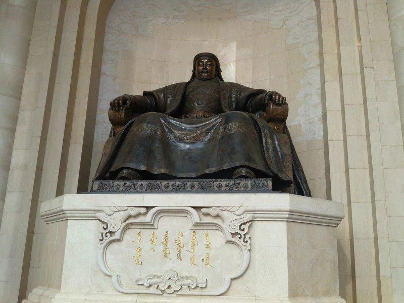 【艺术】蒙古风格的现代雕塑.雕刻 第1张 【艺术】蒙古风格的现代雕塑.雕刻 蒙古画廊
