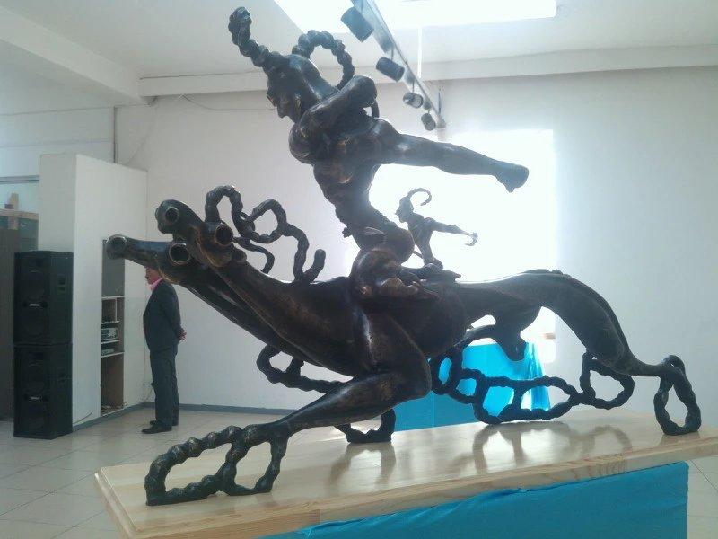 【艺术】蒙古风格的现代雕塑.雕刻 第51张 【艺术】蒙古风格的现代雕塑.雕刻 蒙古画廊