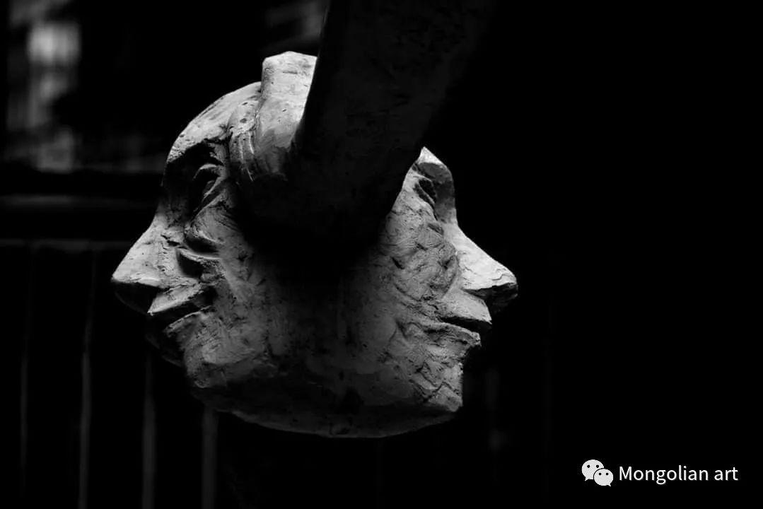 蒙古国自由雕塑家BadralTsagaadai 第11张 蒙古国自由雕塑家BadralTsagaadai 蒙古画廊