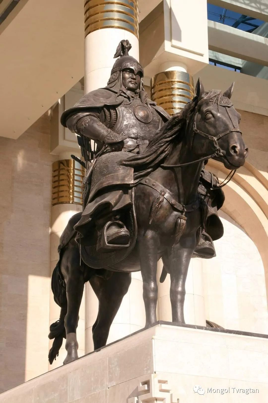 ᠤᠷᠠᠨ ᠪᠠᠷᠢᠮᠠᠯᠴᠢ - ᠯ᠂ ᠪᠤᠯᠤᠳ蒙古国雕塑家- 乐,宝力道 第2张 ᠤᠷᠠᠨ ᠪᠠᠷᠢᠮᠠᠯᠴᠢ - ᠯ᠂ ᠪᠤᠯᠤᠳ蒙古国雕塑家- 乐,宝力道 蒙古画廊