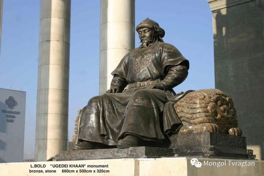 ᠤᠷᠠᠨ ᠪᠠᠷᠢᠮᠠᠯᠴᠢ - ᠯ᠂ ᠪᠤᠯᠤᠳ蒙古国雕塑家- 乐,宝力道 第6张 ᠤᠷᠠᠨ ᠪᠠᠷᠢᠮᠠᠯᠴᠢ - ᠯ᠂ ᠪᠤᠯᠤᠳ蒙古国雕塑家- 乐,宝力道 蒙古画廊