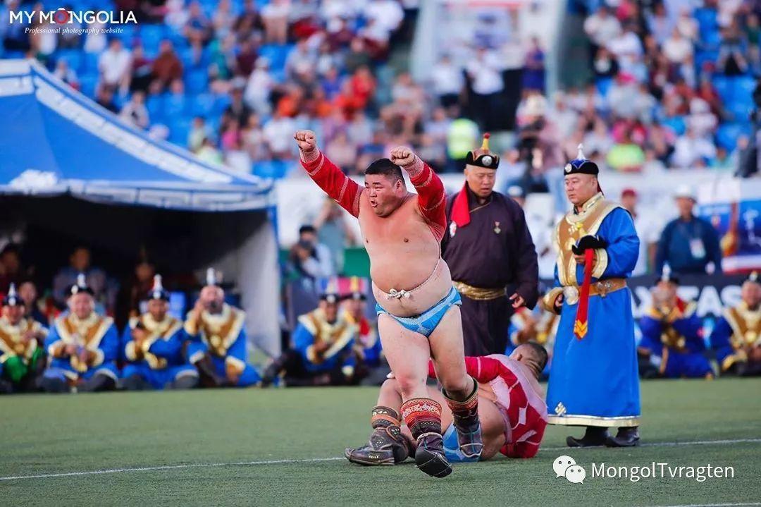 ᠮᠣᠩᠭᠣᠯ ᠨᠠᠭᠠᠳᠣᠮ 那达慕 第26张 ᠮᠣᠩᠭᠣᠯ ᠨᠠᠭᠠᠳᠣᠮ 那达慕 蒙古文化