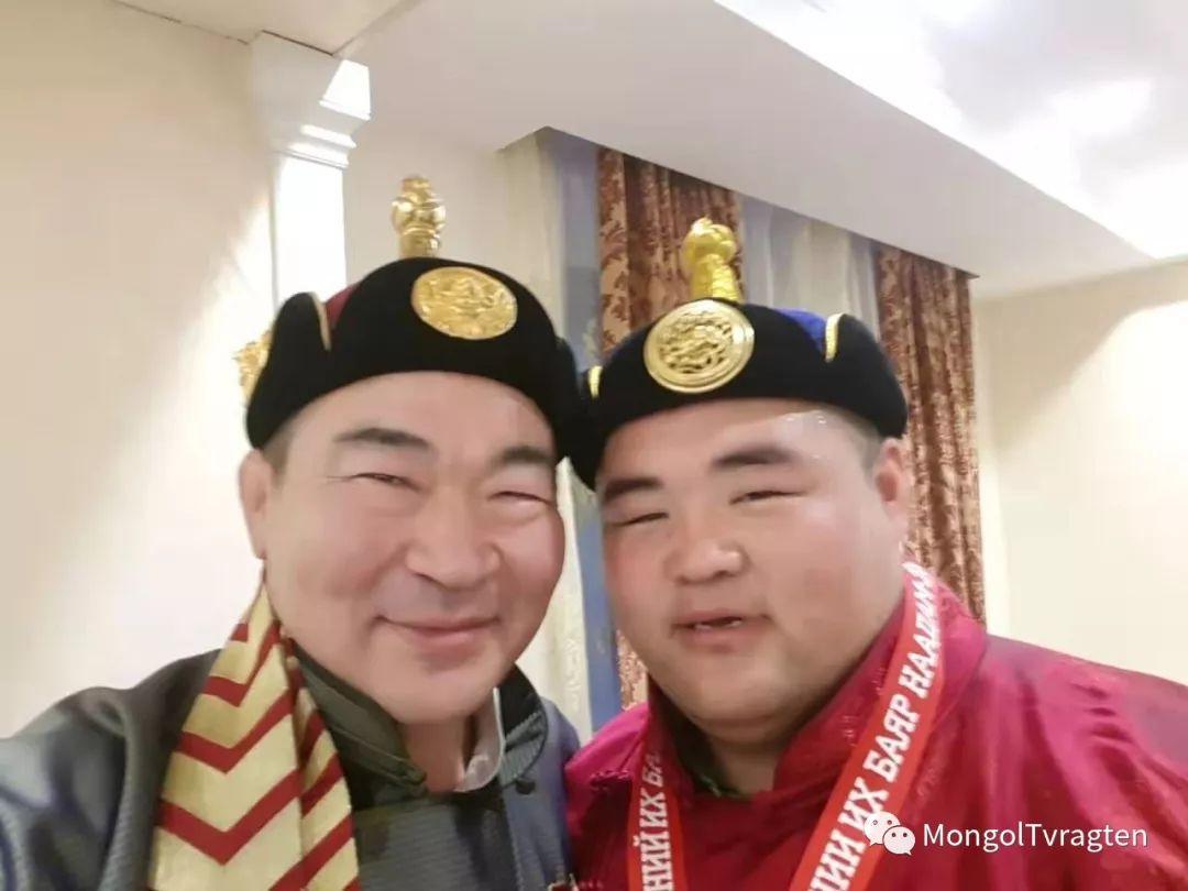 ᠮᠣᠩᠭᠣᠯ ᠨᠠᠭᠠᠳᠣᠮ 那达慕 第29张 ᠮᠣᠩᠭᠣᠯ ᠨᠠᠭᠠᠳᠣᠮ 那达慕 蒙古文化