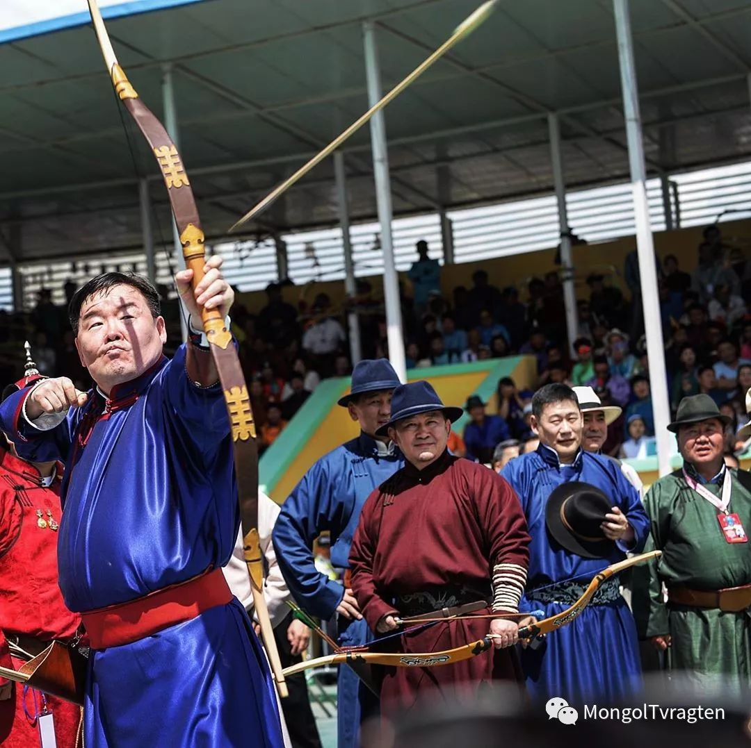 ᠮᠣᠩᠭᠣᠯ ᠨᠠᠭᠠᠳᠣᠮ 那达慕 第31张 ᠮᠣᠩᠭᠣᠯ ᠨᠠᠭᠠᠳᠣᠮ 那达慕 蒙古文化