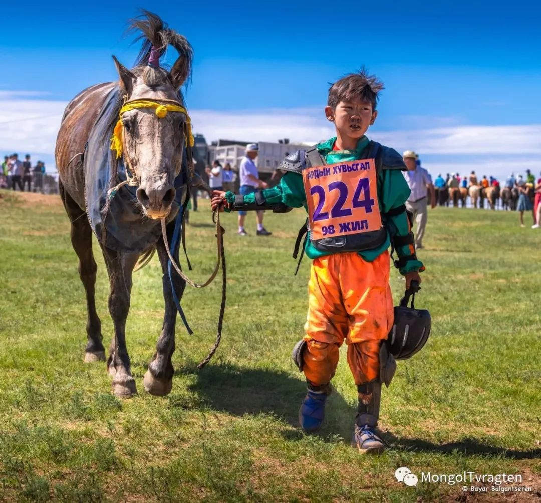 ᠮᠣᠩᠭᠣᠯ ᠨᠠᠭᠠᠳᠣᠮ 那达慕 第57张 ᠮᠣᠩᠭᠣᠯ ᠨᠠᠭᠠᠳᠣᠮ 那达慕 蒙古文化