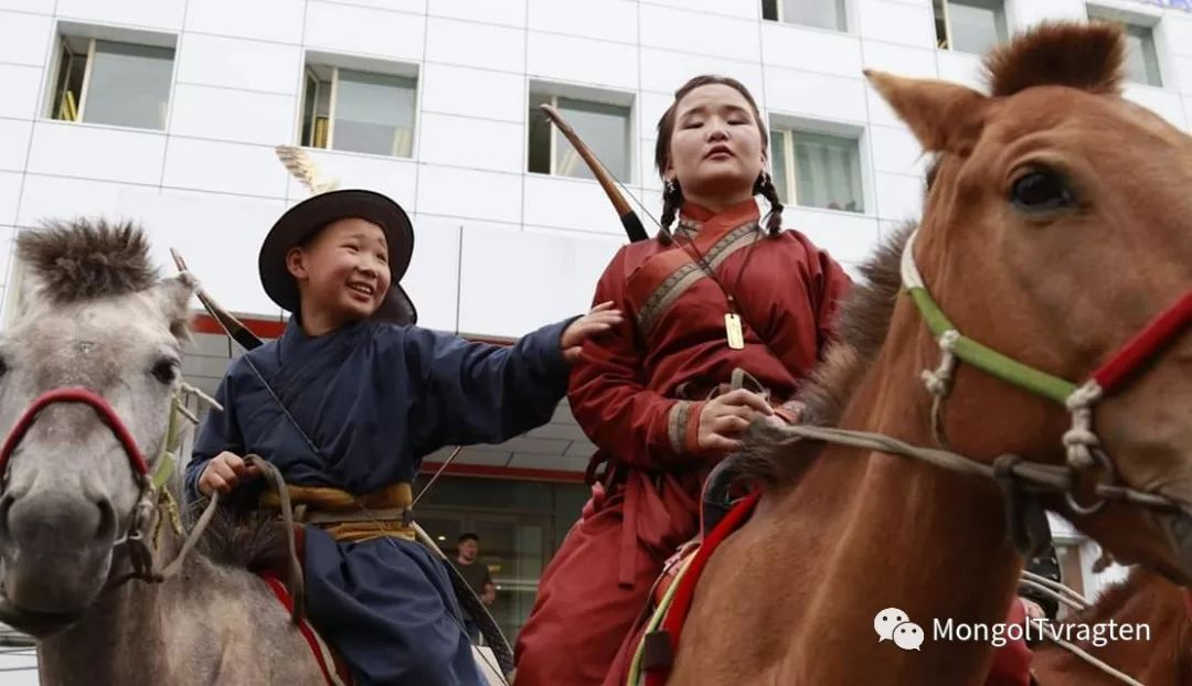 ᠮᠣᠩᠭᠣᠯ ᠨᠠᠭᠠᠳᠣᠮ 那达慕 第66张 ᠮᠣᠩᠭᠣᠯ ᠨᠠᠭᠠᠳᠣᠮ 那达慕 蒙古文化