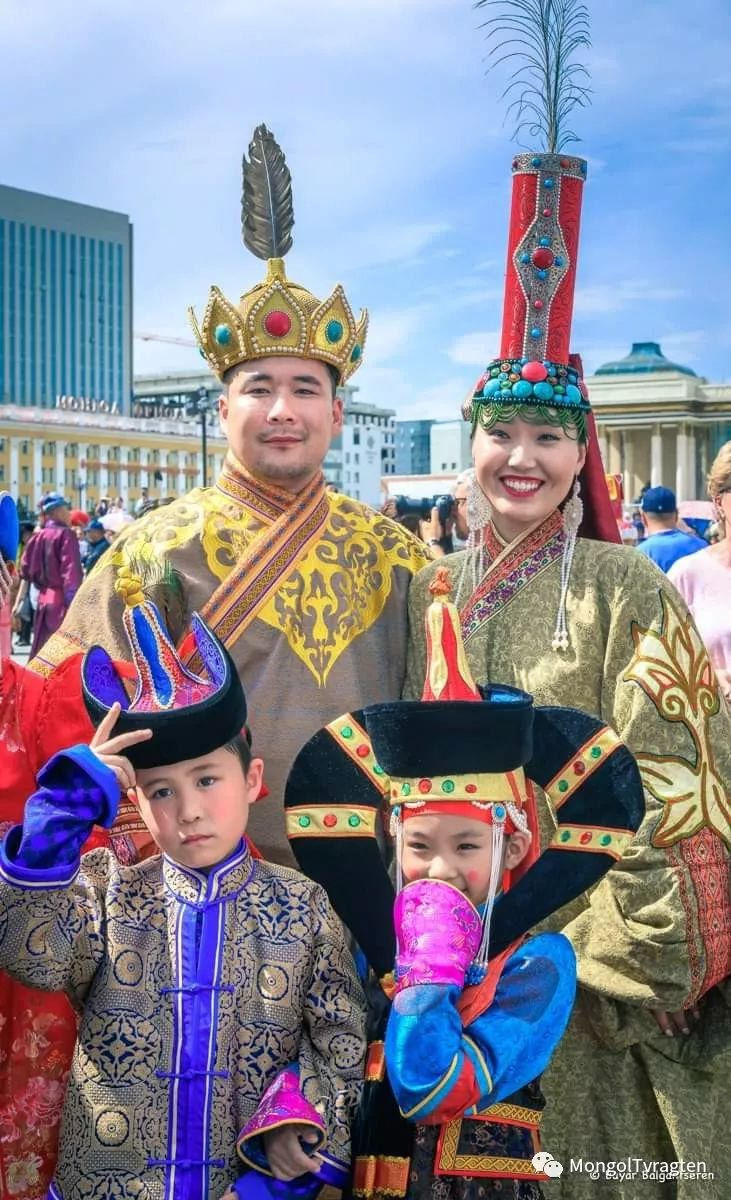 ᠮᠣᠩᠭᠣᠯ ᠨᠠᠭᠠᠳᠣᠮ 那达慕 第74张 ᠮᠣᠩᠭᠣᠯ ᠨᠠᠭᠠᠳᠣᠮ 那达慕 蒙古文化