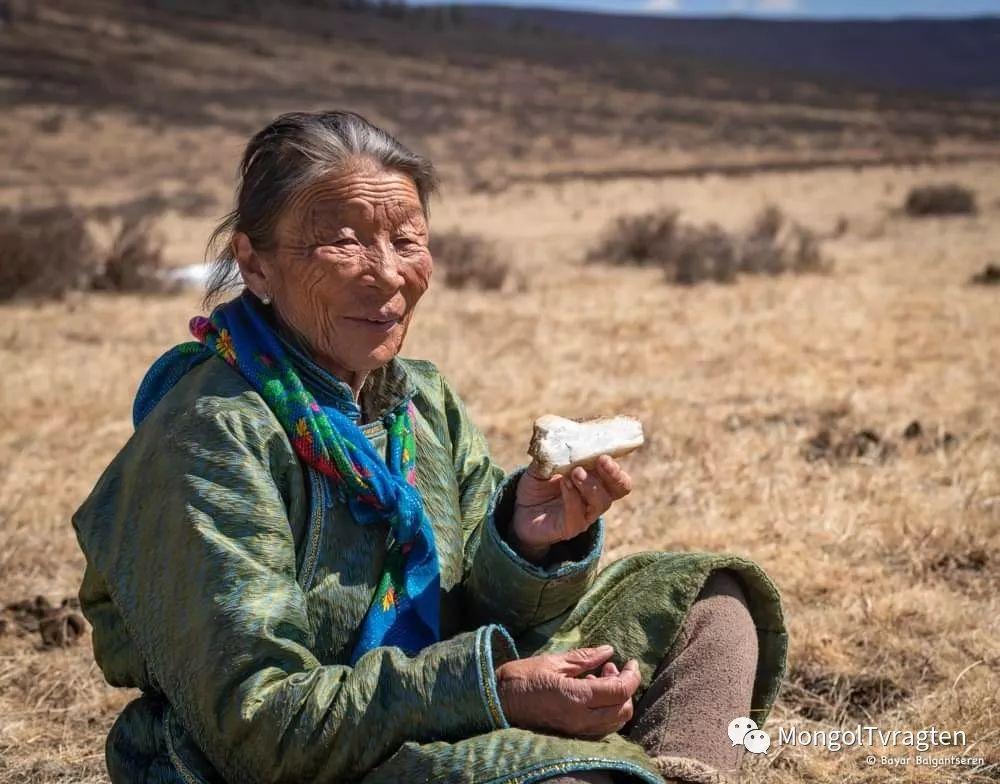 ᠴᠠᠲᠠᠨ ᠢᠷᠭᠡᠳ- ᠪᠠᠶᠠᠷ 第3张 ᠴᠠᠲᠠᠨ ᠢᠷᠭᠡᠳ- ᠪᠠᠶᠠᠷ 蒙古文化
