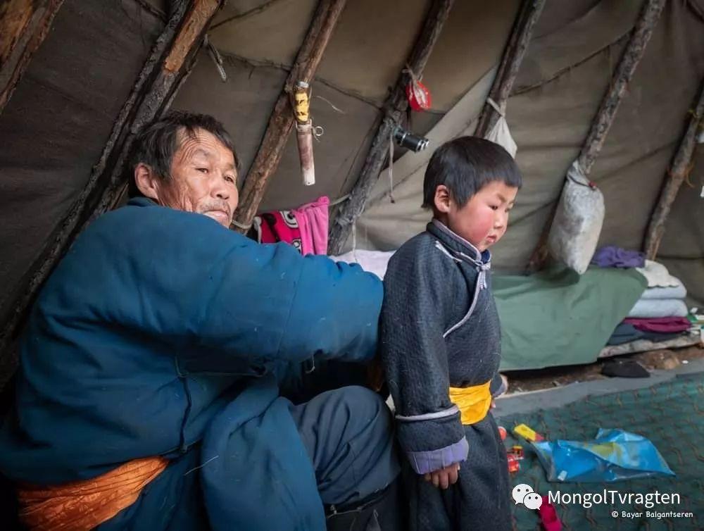 ᠴᠠᠲᠠᠨ ᠢᠷᠭᠡᠳ- ᠪᠠᠶᠠᠷ 第8张 ᠴᠠᠲᠠᠨ ᠢᠷᠭᠡᠳ- ᠪᠠᠶᠠᠷ 蒙古文化