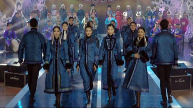 银色乌珠穆沁草原——绚丽的蒙古袍 第12张