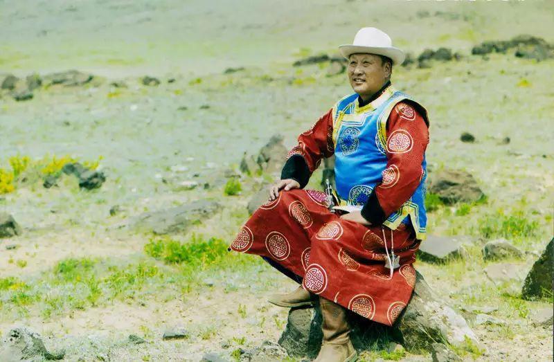 【非遗家园】【民俗】阿巴嘎传统服饰——列入第五批自治区级非物质文化遗产名录 第2张