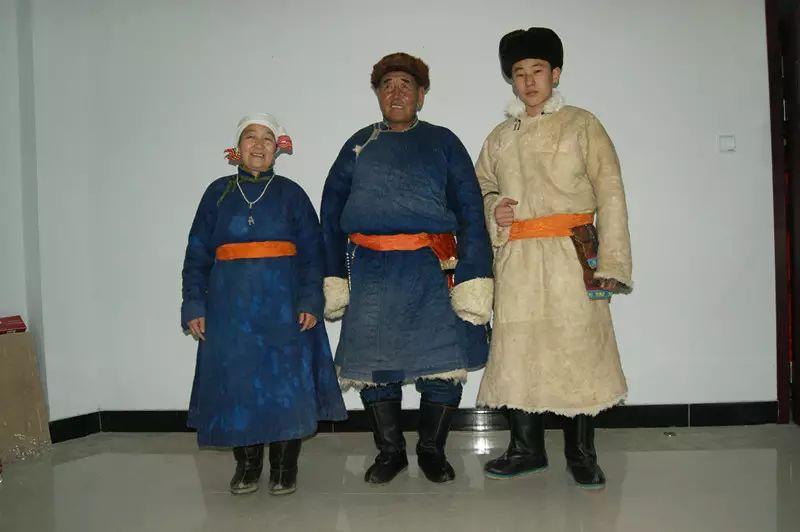 【非遗家园】【民俗】阿巴嘎传统服饰——列入第五批自治区级非物质文化遗产名录 第7张