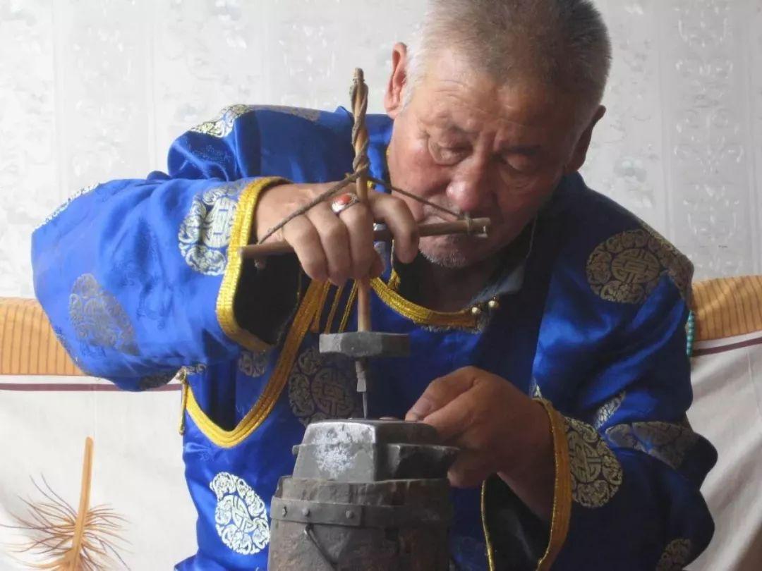 【乌拉特文化】乌拉特工匠技艺渊远流长 第2张