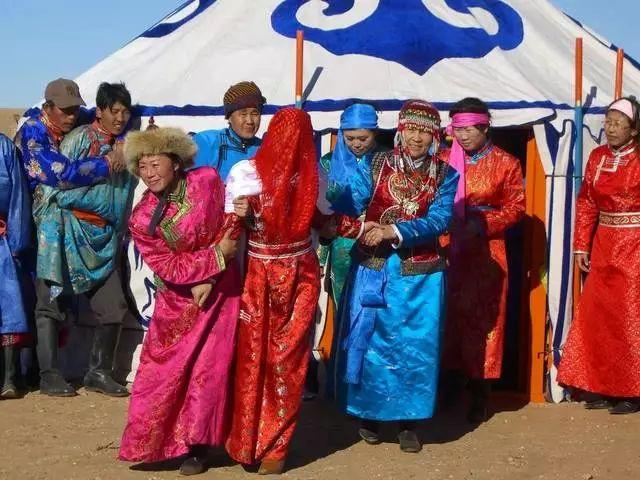 【乌拉特文化】自治区级非物质文化遗产——乌拉特婚礼 第6张 【乌拉特文化】自治区级非物质文化遗产——乌拉特婚礼 蒙古文化