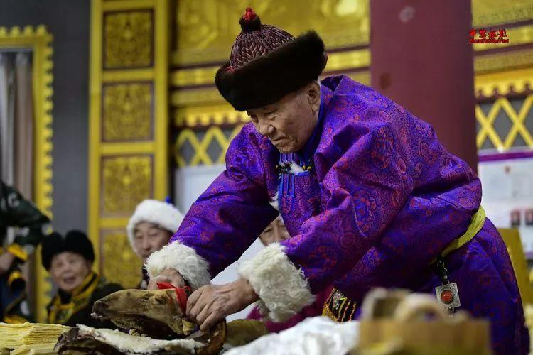 蒙古族祭火流淌出来的年味 第3张 蒙古族祭火流淌出来的年味 蒙古文化