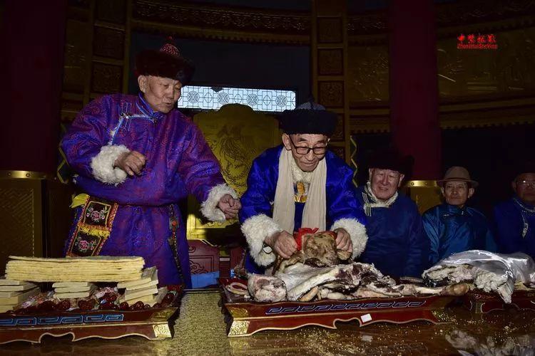 蒙古族祭火流淌出来的年味 第6张 蒙古族祭火流淌出来的年味 蒙古文化