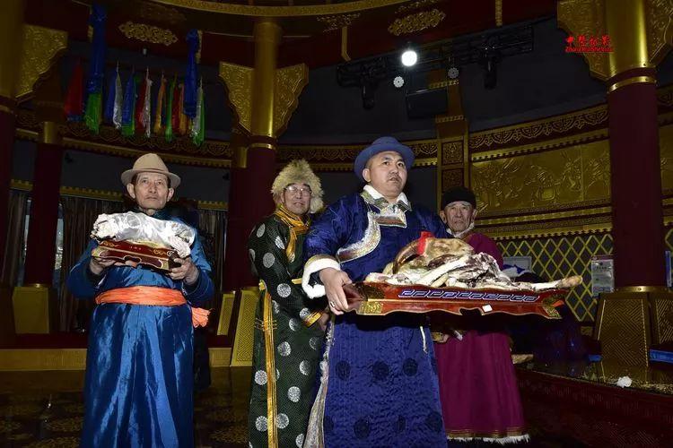 蒙古族祭火流淌出来的年味 第12张 蒙古族祭火流淌出来的年味 蒙古文化