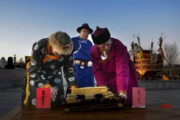 蒙古族祭火流淌出来的年味 第16张 蒙古族祭火流淌出来的年味 蒙古文化