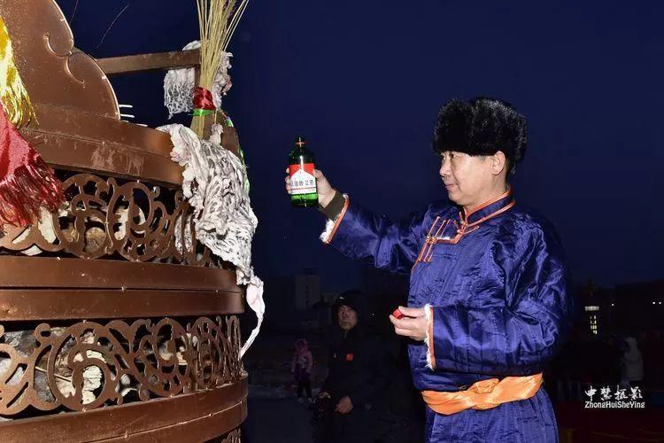 蒙古族祭火流淌出来的年味 第22张 蒙古族祭火流淌出来的年味 蒙古文化