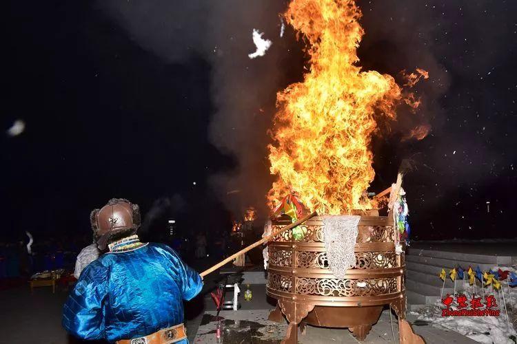 蒙古族祭火流淌出来的年味 第28张 蒙古族祭火流淌出来的年味 蒙古文化