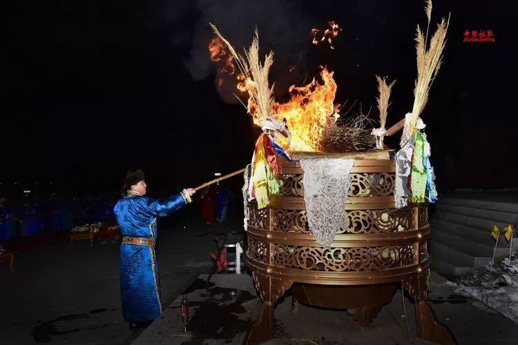 蒙古族祭火流淌出来的年味 第29张 蒙古族祭火流淌出来的年味 蒙古文化