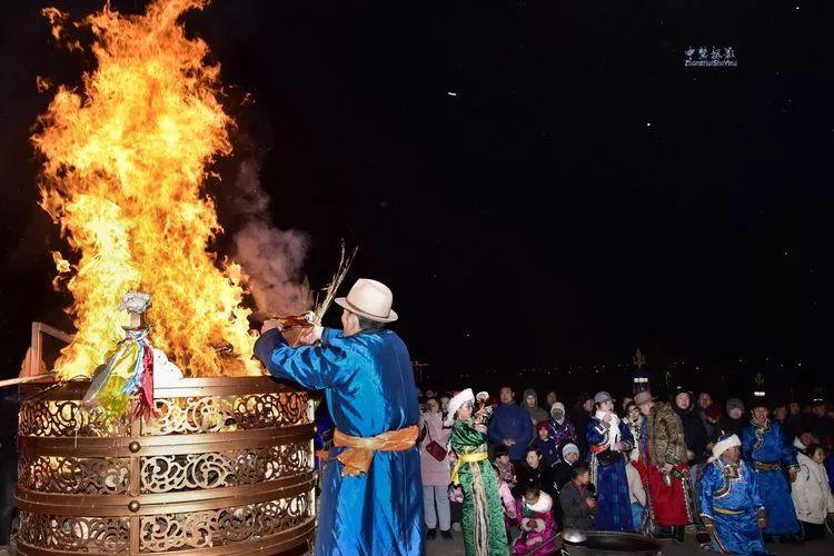 蒙古族祭火流淌出来的年味 第30张 蒙古族祭火流淌出来的年味 蒙古文化
