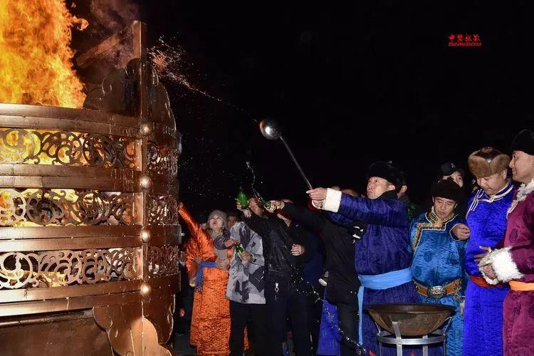 蒙古族祭火流淌出来的年味 第34张 蒙古族祭火流淌出来的年味 蒙古文化