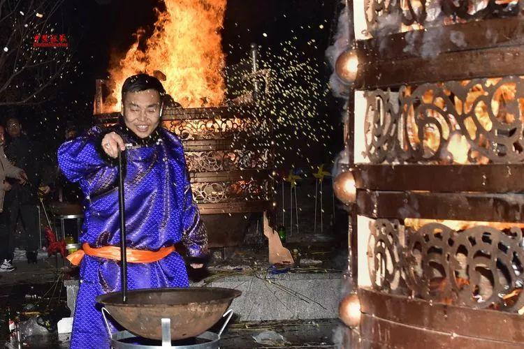 蒙古族祭火流淌出来的年味 第37张 蒙古族祭火流淌出来的年味 蒙古文化