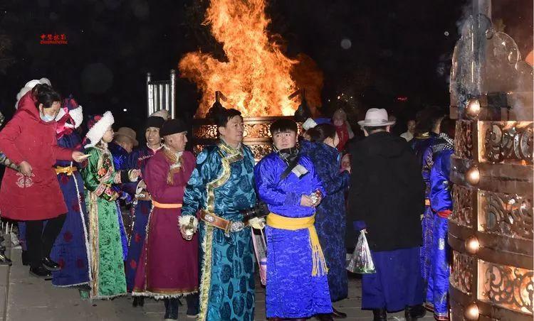 蒙古族祭火流淌出来的年味 第39张 蒙古族祭火流淌出来的年味 蒙古文化