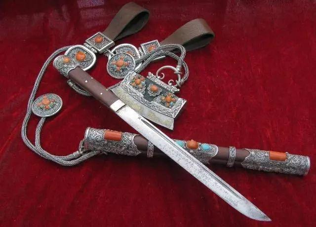 蒙古刀---蒙古男儿的威严和烙印