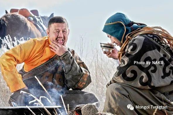 ᠮᠣᠩᠭᠤᠯ ᠰᠡᠭᠦᠳᠡᠷ- ᠴ᠂ ᠨᠠᠷᠠᠨᠪᠠᠲᠤ 第32张 ᠮᠣᠩᠭᠤᠯ ᠰᠡᠭᠦᠳᠡᠷ- ᠴ᠂ ᠨᠠᠷᠠᠨᠪᠠᠲᠤ 蒙古文化