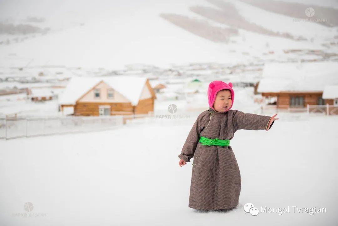 ᠮᠣᠩᠭᠤᠯ ᠰᠡᠭᠦᠳᠡᠷ- ᠴ᠂ ᠨᠠᠷᠠᠨᠪᠠᠲᠤ 第47张 ᠮᠣᠩᠭᠤᠯ ᠰᠡᠭᠦᠳᠡᠷ- ᠴ᠂ ᠨᠠᠷᠠᠨᠪᠠᠲᠤ 蒙古文化